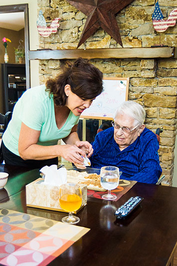 Senior memory Care - clover-care-home-home-cooking-eating-healthy