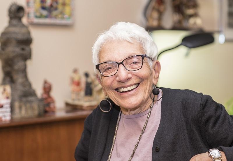 Clover-Care-Home-Senior-Retirement-Residence-vs-Old-Folks-Home.