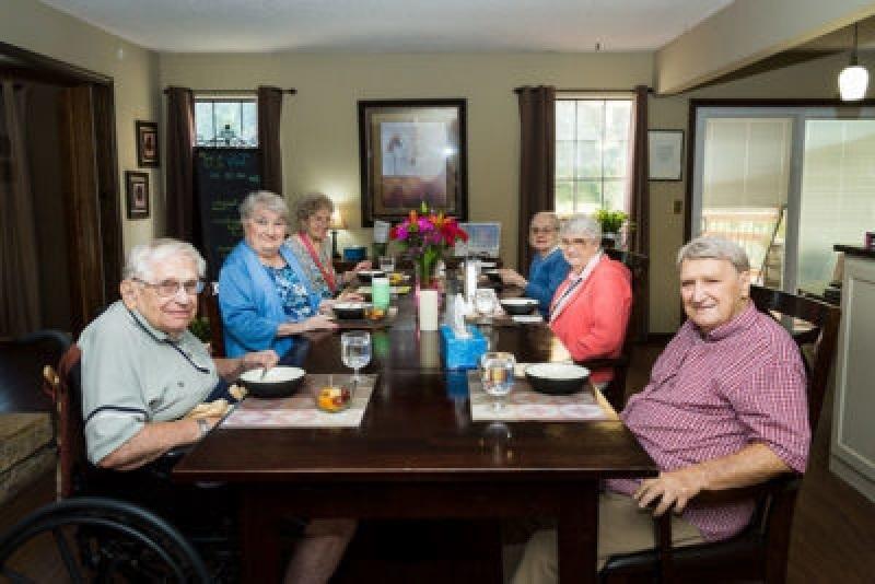 clover-care-home-dementia-assisted-living-kansas-city