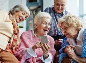 Clover Care Home Senior Retirement Residence Kansas City Staying In Touch Remotely